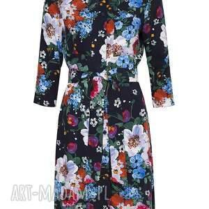 niebieskie sukienki midi szmizjerka w malowane kwiaty