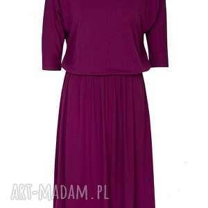 czerwień sukienki uniwersalna sukienka biskupia