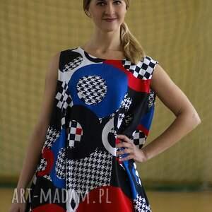 sukienki polska marka wyjątkowa, geometryczna sukienka