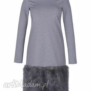 szare sukienki sukienka zimowa z futrem