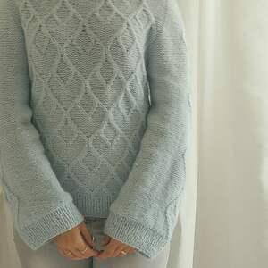MonDu swetry: błękitno miętowy sweter wełniany