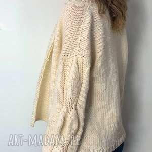 ciekawe swetry sweter ciepły ecru