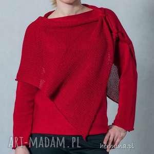 niekonwencjonalne swetry sweter czerwony z szalem