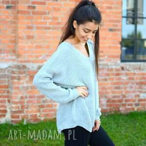 pomysł na prezent święta damski sweter oversize, jesienny