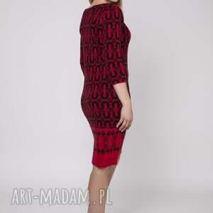 nietypowe swetry sukienka dzianinowa, suk005