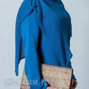 swetry: Niebieski sweter z szalem - szal z-szalem