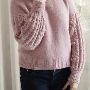 gustowne swetry sweter różowy bomberek