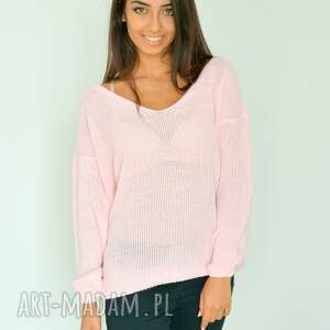 swetry włóczka różowy sweter z dekoltem