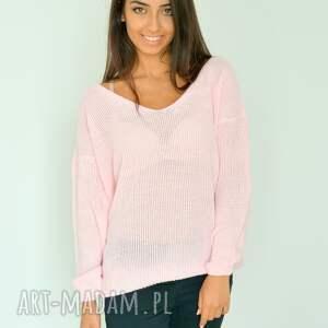 swetry włóczka różowy sweter z dekoltem oversize