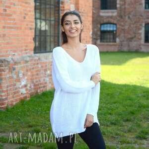 szeroki swetry śliczny biały sweterek oversize