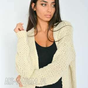 intrygujące swetry dzianina sweter beżowy kardigan narzutka z