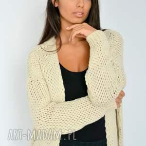 włóczka swetry sweter beżowy kardigan narzutka