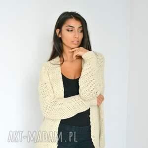 swetry włóczka sweter beżowy kardigan narzutka z