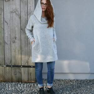 niepowtarzalne swetry sweter wełniany jesienno zimowy