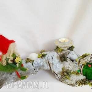 świąteczny prezent zielone świecznik dekoracyjny. Magiczne