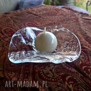 szklany świecznik - stół szklany-świecznik