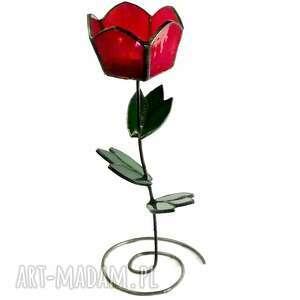 eleganckie świeczniki tulipan czerwony. uroczy świecznik