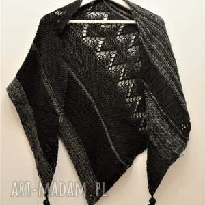 czarne szaliki chusta asymetryczna