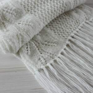 ażurowy szaliki biały szal z frędzlami