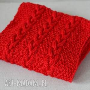 szaliki dziergany długi czerwony szal