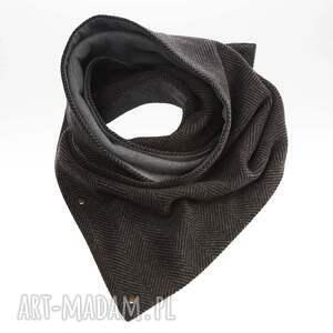 prezent szaliki duży zapinany szalik w elegancką