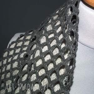 intrygujące szaliki elegancki damski szal komin