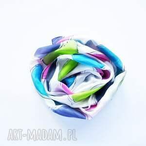 kolorowy szal szaliki białe jedwabny malowany w kolorowe