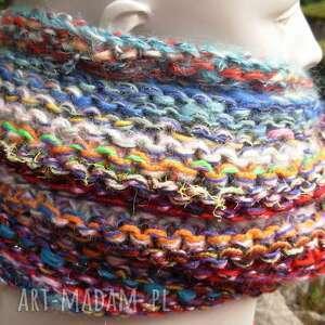 intrygujące szaliki kolorowy szal boho