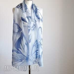 szaliki: Malowany jedwabny szal -niebieskie motyle - ręcznie malowanyszal