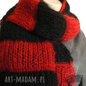 czerwono-czarny szaliki pasiasty szalik