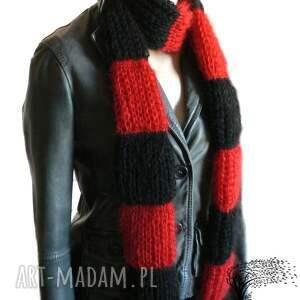 hand-made szaliki czerwono-czarny pasiasty szalik