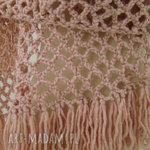 unikatowe szaliki szal ażurowy z frędzlami pudrowy