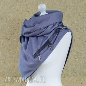 hand-made szaliki szal niebieski z granatową skórą