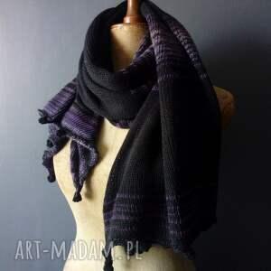 czarne szaliki szal