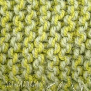szaliki szaliczek szalik zielony z frędzlami