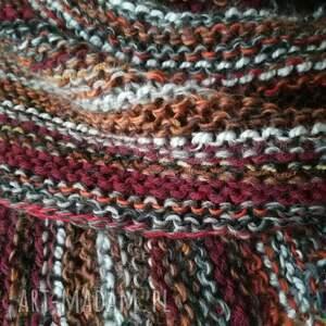 gustowne szaliki rękodzieło w burgundach unisex