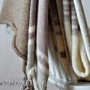 urokliwe szaliki szal wełniany letni