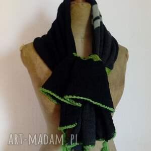 szaliki wełniany zwiewny szal