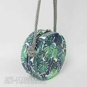 handmade teczki okrągła urocza listonoszka w palmy