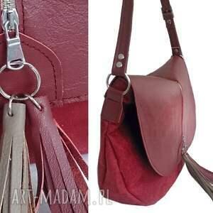 hand-made torebki torebka bordowa z klapą i frędzlami
