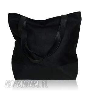 z personalizacją torebki czarna zamszowa torba w kształcie