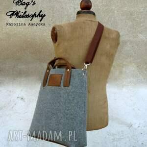 niepowtarzalne torebki z personalizacją filcowa szara brązowa tote office