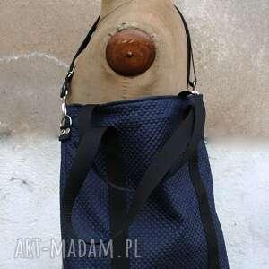 niebieskie torebki torba granatowa pikowana