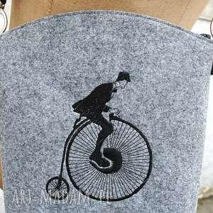 ręczne wykonanie torebki listonoszka i want to ride my