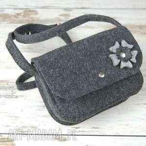 torebki torebka malutka z filcu