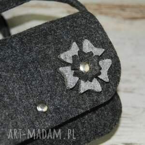 Malutka torebka z filcu - EtoiDesign torebeczka