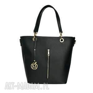 10f718a8e8261 urokliwe torebki - manzana kuferek złote dodatki hot czarny