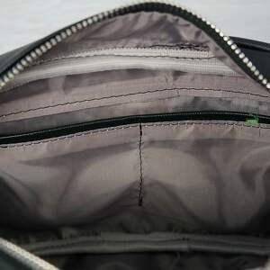 3dbd4678f30f1 niepowtarzalne torebki - manzana listonoszka chanelka czarna