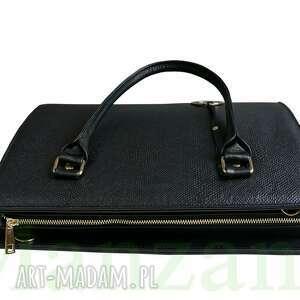 62d94e0c31731 niekonwencjonalne torebki torebka bestseller sztywna kuferek