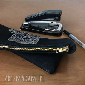 czarne torebki przybornik saszetka organizer piórnik black